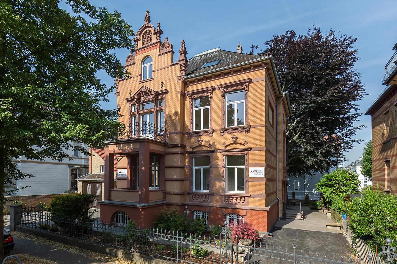 Ansicht der Villa Viktoria, Referenzobjekt von Wohnwert Immobilien im Bereich Vermietung